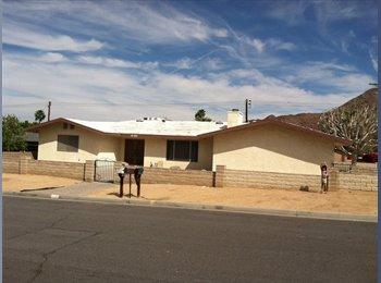 EasyRoommate US - Double lot home In la Quinta - La Quinta, Southeast California - $1400