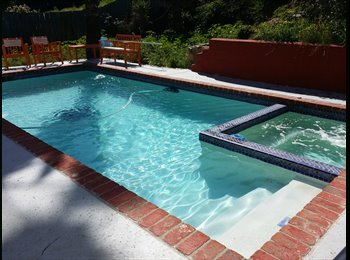 EasyRoommate US - 1BR + 1BATH Available in a 3 BR house + POOL - La Mesa, San Diego - $1250