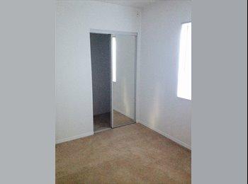 EasyRoommate US - Guest House Room Rental - Tujunga, Los Angeles - $650