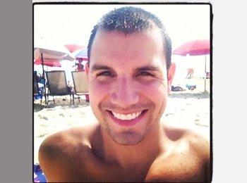 Anthony - 26 - Professional