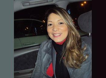 Vanessa - 33 - Professional