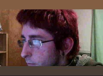 EasyRoommate US - Chris - 24 - Other-Ohio