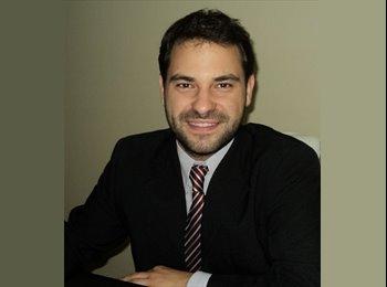 Fernando - 27 - Student