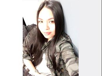 Nikki - 20 - Student