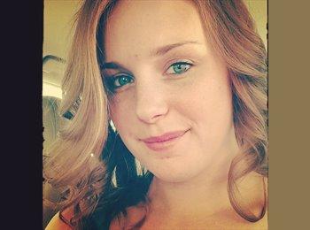 Lauren - 25 - Professional