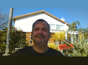 EasyRoommate US - John - 45 - Southeast California