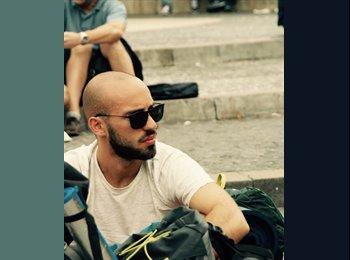 EasyRoommate US - Massimo - 22 - New York City