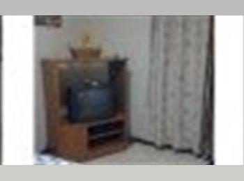 CompartoApto VE - alquiler de habitacion - Baruta, Caracas - BsF10000