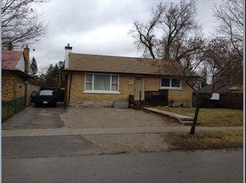 EasyRoommate CA - Room (clean, quiet house) - Kitchener, South West Ontario - $475