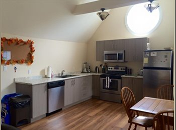 EasyRoommate CA - STEPS FROM QUEEN'S- Lovely New Kingston Apartment! - Belleville Area, Getaway Country - $800