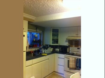 ROOM AVAILABLE - $500  (FEMALE )