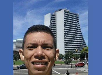 luiz Felipe  - 21 - Estudiante