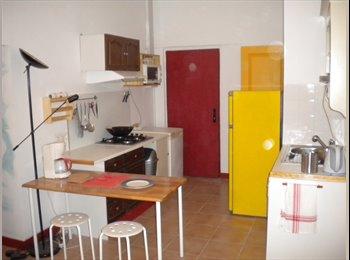 chambre 16 m² + mezzanine au soleil