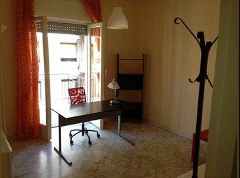 EasyStanza IT - Stanza singola vicinanze Ateneo - Murat-San Pasquale, Bari - €200