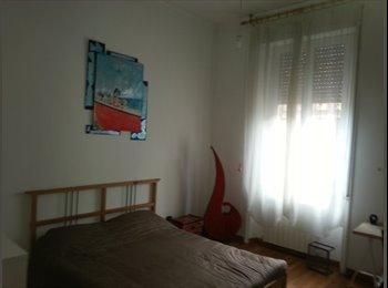 EasyStanza IT - Stanza ampia e luminosa in viale Regina Margherita - Salario-Trieste, Roma - €500
