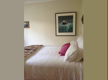 NZ - Ms - Wilton, Wellington - $280