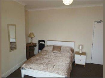 EasyRoommate UK - Double bedroom in flat share sky+broadband include - Darfield, Barnsley - £368