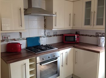 EasyRoommate UK - Exceptionally High Quality Rooms Available - Kettering, Kettering - £385