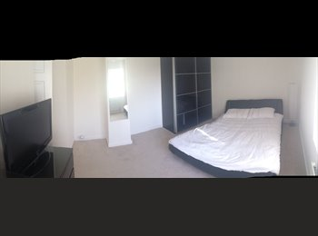 EasyRoommate UK - Double large furnished room to rent in mansfield - Mansfield Woodhouse, Mansfield - £320
