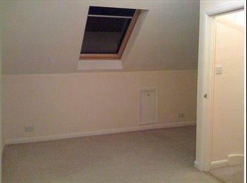 EasyRoommate UK - HUGE LOFT ROOM in central Kingston - Kingston upon Thames, London - £675