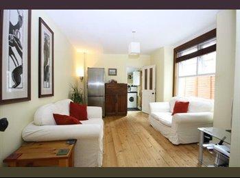EasyRoommate UK - 5 Bedroom Property to Rent - Close to Leyton Tube - Leyton, London - £2400