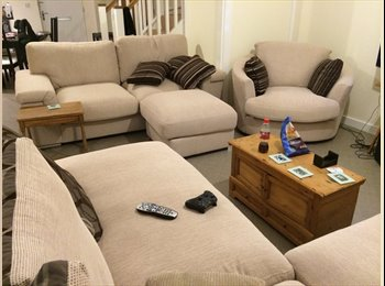 EasyRoommate UK - x2 DOUBLE ROOMS 4 Bed House (1 year old) Bills inc - Streatham, London - £610