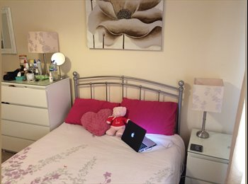 EasyRoommate UK - LUXURY DOUBLE ROOM AVAILABLE ASAP IN BATH £460pm - Bath, Bath and NE Somerset - £460