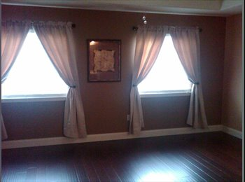 EasyRoommate US - 17ft x 18ft MASTER EN SUITE w/private FULL BATH (t - Gresham, Gresham - $675