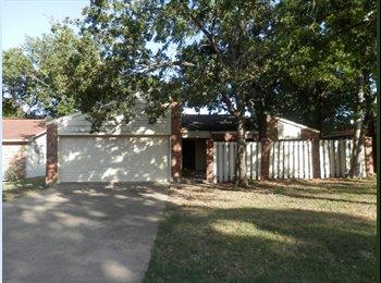 EasyRoommate US - 2 Rooms for Rent! Roommates Needed - Bryan, Bryan - $300
