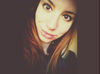 Lorena - 20 - Student