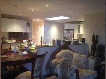 EasyRoommate AU - huge ensuite room for rent incl power and internet - Karabar, Queanbeyan - $190 pw