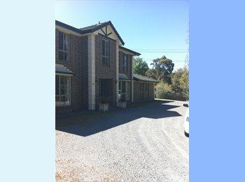 EasyRoommate AU - One Single rooms $130 - One single Room $150 - Aldgate, Adelaide - $130 pw