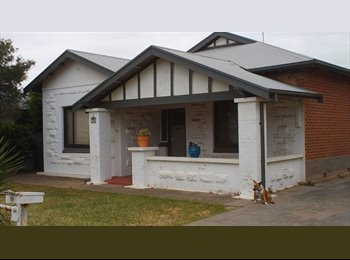 EasyRoommate AU - Large room 15 mins from CBD 10 mins to Beach - Findon, Adelaide - $150 pw