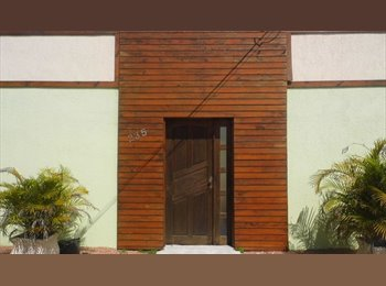 EasyQuarto BR - Kitinete Mobiliada - 5 MINUTOS da PUCRS/TECNOPUC - Zona Leste, Porto Alegre - R$ 690 Por mês