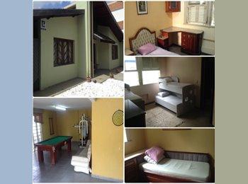 EasyQuarto BR - Aluga-se quartos por dia em excelente casa - Outros Bairros, Curitiba - R$ 1.500 Por mês