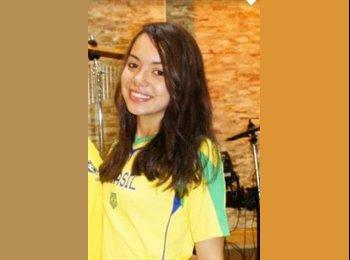 EasyQuarto BR - Jéssica Emelyn - 19 - Curitiba