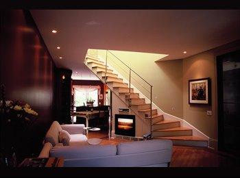 EasyRoommate CA - Nous partageons notre maison - Villeray - Saint-Michel - Parc-Extension, Montréal - $600 pcm