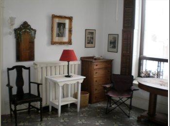 EasyRoommate CA - Très grande chambre - Centre Ville, Montréal - $520 pcm