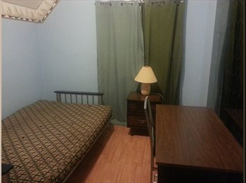 ROOM FOR RENT- CLOSE TO U OF W
