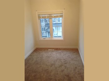 EasyRoommate CA - Bright Room for rent - Mississauga, South West Ontario - $680 pcm