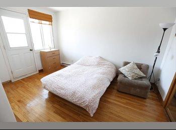 EasyRoommate CA - Chambre ds 5 1/2 Metro Iberville, terrasse+jardin - Villeray - Saint-Michel - Parc-Extension, Montréal - $540 pcm