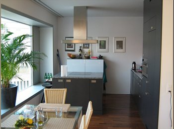 Partially furnished room in Oerlikon