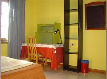 EasyPiso ES - Habitación en Playa Honda - Otras Áreas, Lanzarote - 250 € por mes