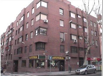 Habitación exterior en Madrid-Río