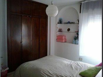 EasyPiso ES - habitación en el centro - Centro Ciudad, Granada - 180 € por mes