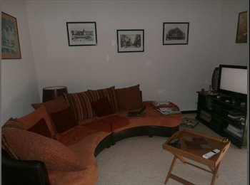 chambre meublée confortable, ambiance paisible