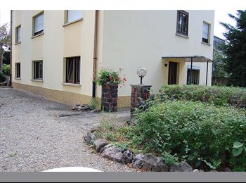 Appartager FR - appart. meublé, 3 chambres, 3 sdb + 1 cuisine - Horbourg-Wihr, Colmar - 250 € / Mois