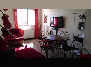 Appartager FR - location chambre meublée sympa au 1 avril  2015 - Montpellier-centre, Montpellier - 390 € / Mois