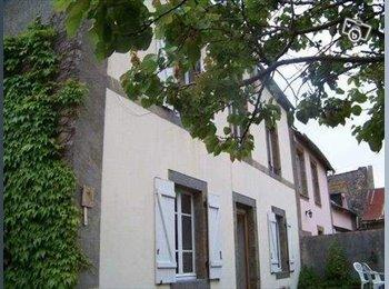 Appartager FR - chambre chez l'habitant - Saint-Malo, Saint-Malo - 300 € / Mois