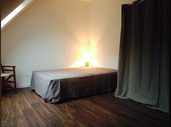 Appartager FR - Maison de 125m2 - 4 chambres - Orléans, Orléans - 390 € / Mois